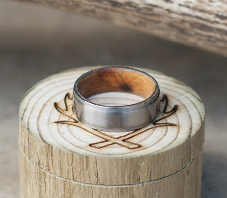 Jack Daniels Whiskey Barrel Oak Line Wedding Band