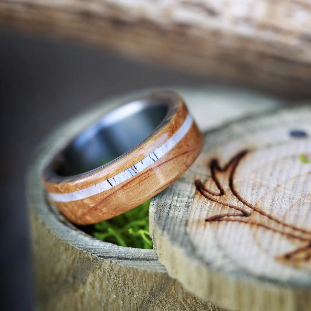 REMMY WEDDING RING IN AUTHENTIC WHISKEY BARREL WOOD ELK ANTLER