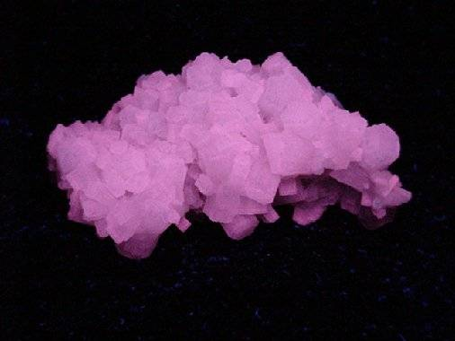 fluoaragonite+lw.jpg