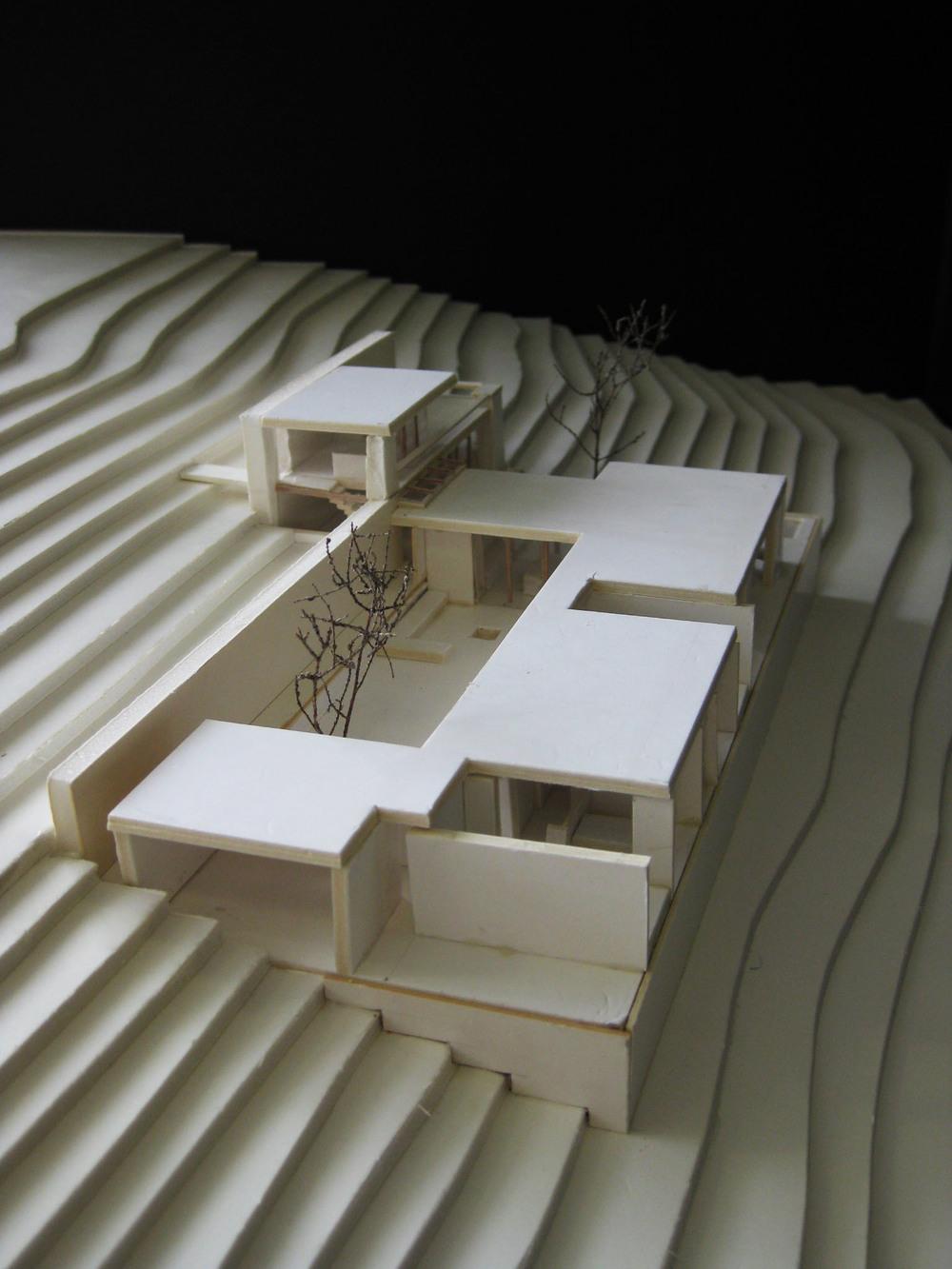 081031 house model 014.jpg