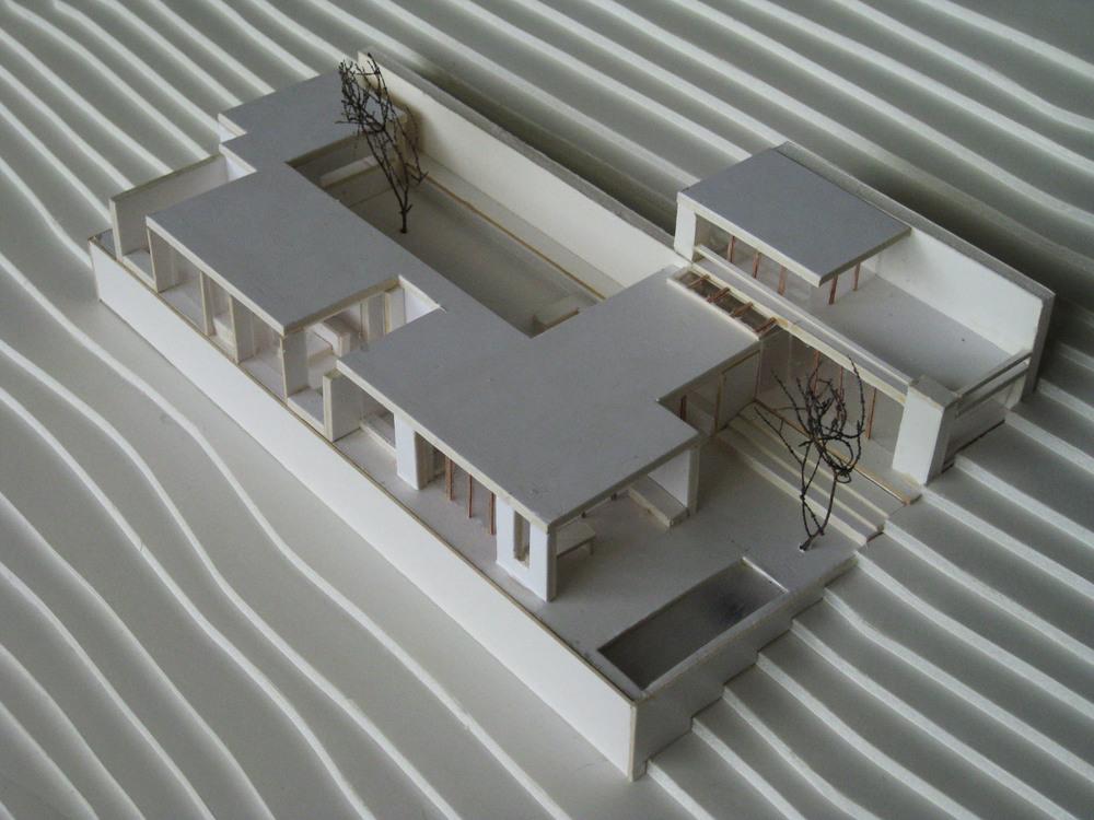 081031 house model 011.jpg