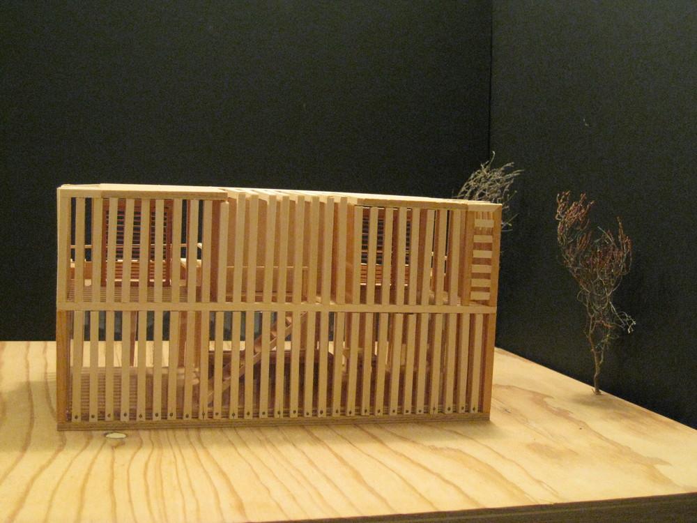 081030 beach house model 037.jpg
