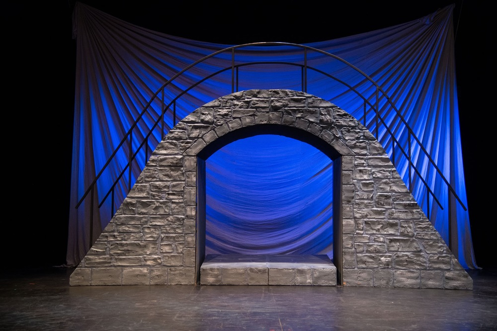 The set of the Utah Shakespeare Festival's Romeo and Juliet.