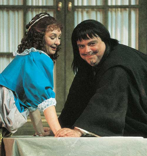 Michelle Farr (left) as Elmire and Robert Machray as Tartuffe in Tartuffe, 1993.