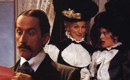 Randy Moore (left) as Victor Emmanuel Chandebise, Leslie Brott as Lucienne Homenides de Histangua, and Kate Fuglei as Raymonde Chandebise in  A Flre in Her Ear,  1994.