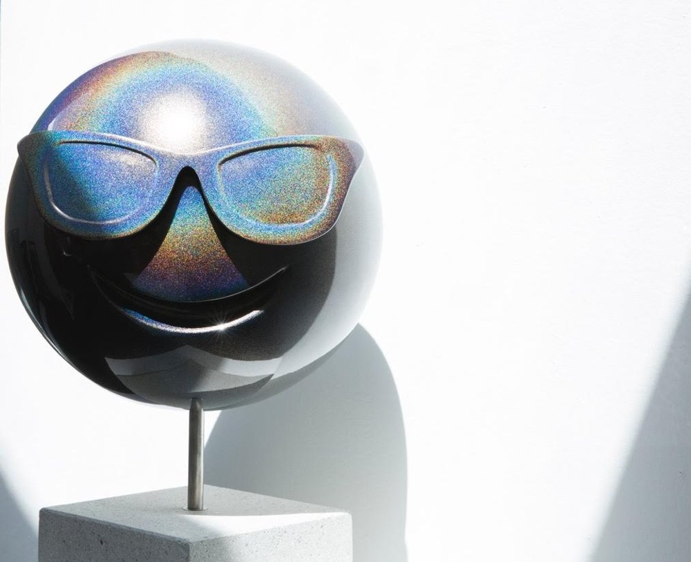 LaPenta_Emoji_Sculpture_Rainbow_Sunglasses_4.jpg