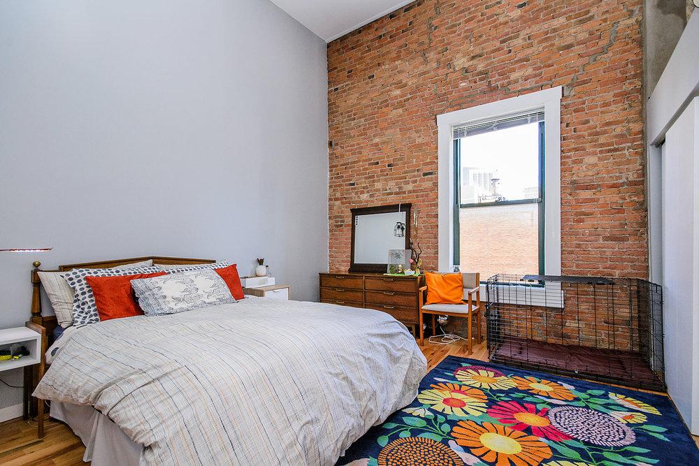 1bedroom1.jpg