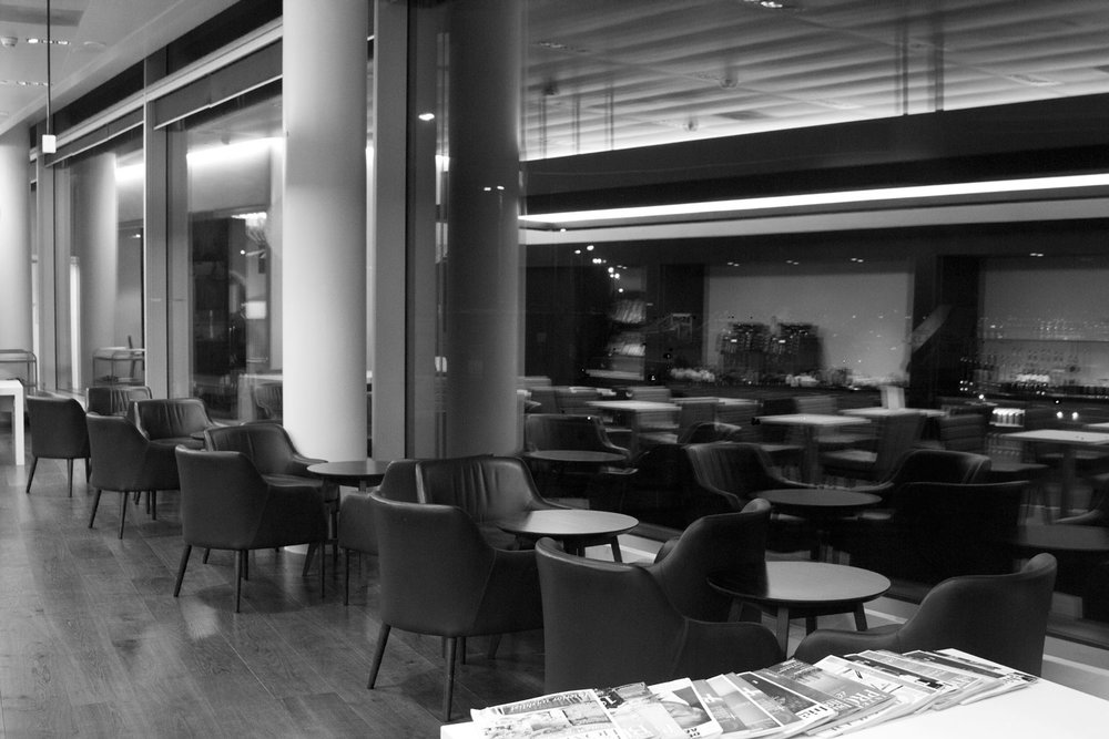 All by myself BA lounge Schipol Airport Amsterdam