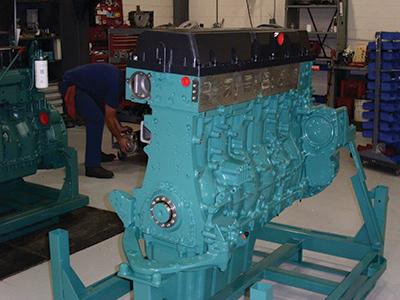 Volvo-Reman-Engine.jpg