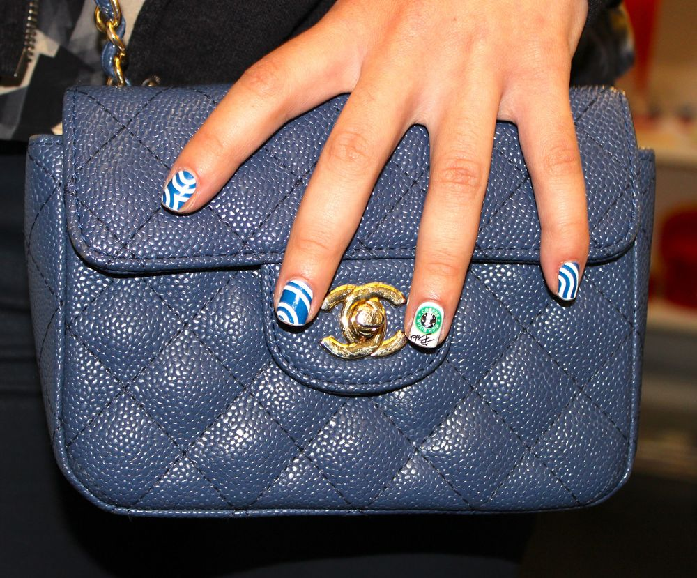 blue-chanel-bag-bling-ring