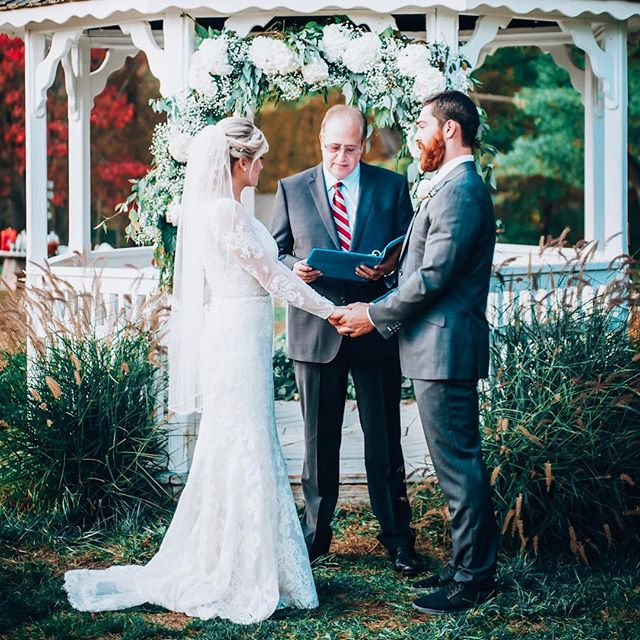 "Cannot believe it's been a full year since the day we made our team name official 🤜🏼♥️🤛🏼 ⠀ ⠀ Went back to our ""I do"" spot today and although it looked a little different (and was 40 degrees colder than last year 😳— swipe right.. even Hank was screaming ⛄️), it will forever be one of our favorite & happiest spots. ⠀ ⠀ Happt 1st Anniversary @macmaster_conroy🥂💋 #appleyeverconroy #oneyeardownforevertogo ⠀ ⠀ ⠀ ⠀ ⠀ #oneyearanniversary #marriedlife #marriedmybestfriend #newlywedlife  #beardedhusband #orchardwedding #bestdayever"
