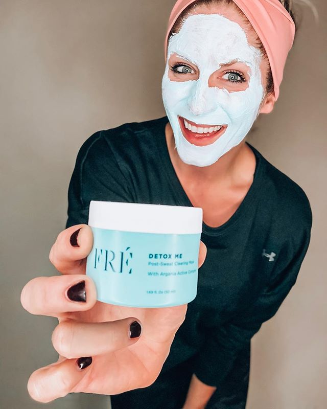 On a scale of 1 to Mrs Doubtfire, how Yeti am I right now?? 😆 (hopefully you know that movie scene or this just got weird)⠀ ⠀ But in all seriousness, if you guys know me, you know I don't go endorsing or sharing things I don't TRULY believe in 🤟🏼⠀ ⠀ So when @freskincare approached me about testing out their new post-workout face mask, I was open to it but I let them know I wasn't going to share it until I had given it a solid test run myself. 🙏🏼⠀ ⠀ Fast-forward to today, I've been using it for almost a month and can confidently say I'm obsessed!! 😍⠀ ⠀ I was skeptical at first because I have pretty sensitive skin and usually this kind of stuff burns like crazy 😖 but this vegan formula — made primarily from Argan leaf water extract + Argan oils — is gentle, smells bomb, and my skin is feelin' the lovin' without the burn 🙌🏼⠀ ⠀ I was also pretty pumped about their mission — their products are cruelty-free and for every product set sold, they plant an Argan Tree of Life to support and empower women who harvest Argan in Morroco + fight deforestation 🌲🌎💕 #companywithacause ⠀ ⠀ How cool is that!? 🤩⠀ ⠀ So if you're a fellow #sweatybetty like me, and you're looking for a new skincare regimen to combat post-sweat breakouts, Detox Me is a MUST try! 💁🏼‍♀️⠀ ⠀ Feel free to check out their site (link in my bio) and use the code MKC25 for 25% OFF — valid only for the next 48 hours! ✨ ⠀ ⠀ **NOTE: I'm not being paid by this post.  This is simply a courtesy code they offered me to share with YOU so your order is only $40 vs $54 ✌🏼💋#booyah #bargaindeal #freskincare #loveyoursweat ⠀