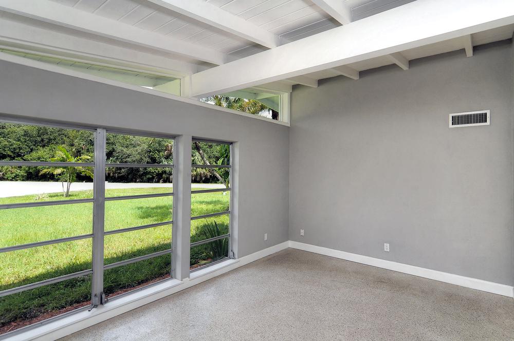 5b living room after.jpg