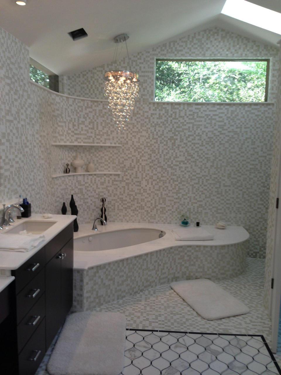 Glamorous Bath