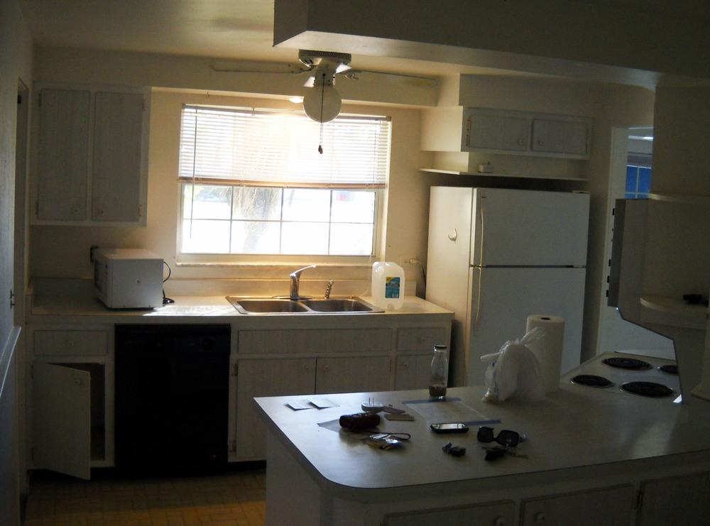 4a_kitchen before.jpg