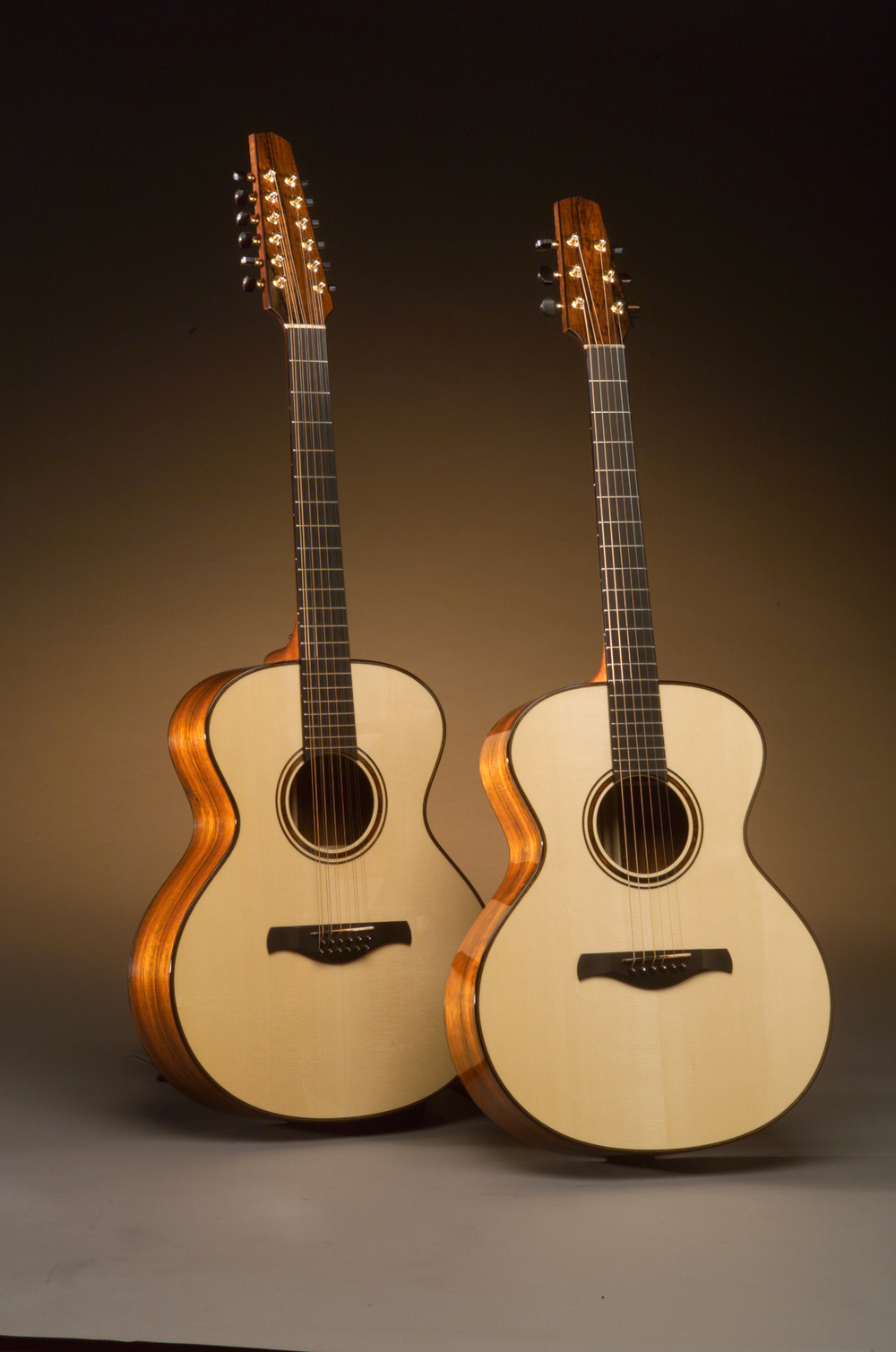 Traugott Model R Brazilian guitar 6 and 12