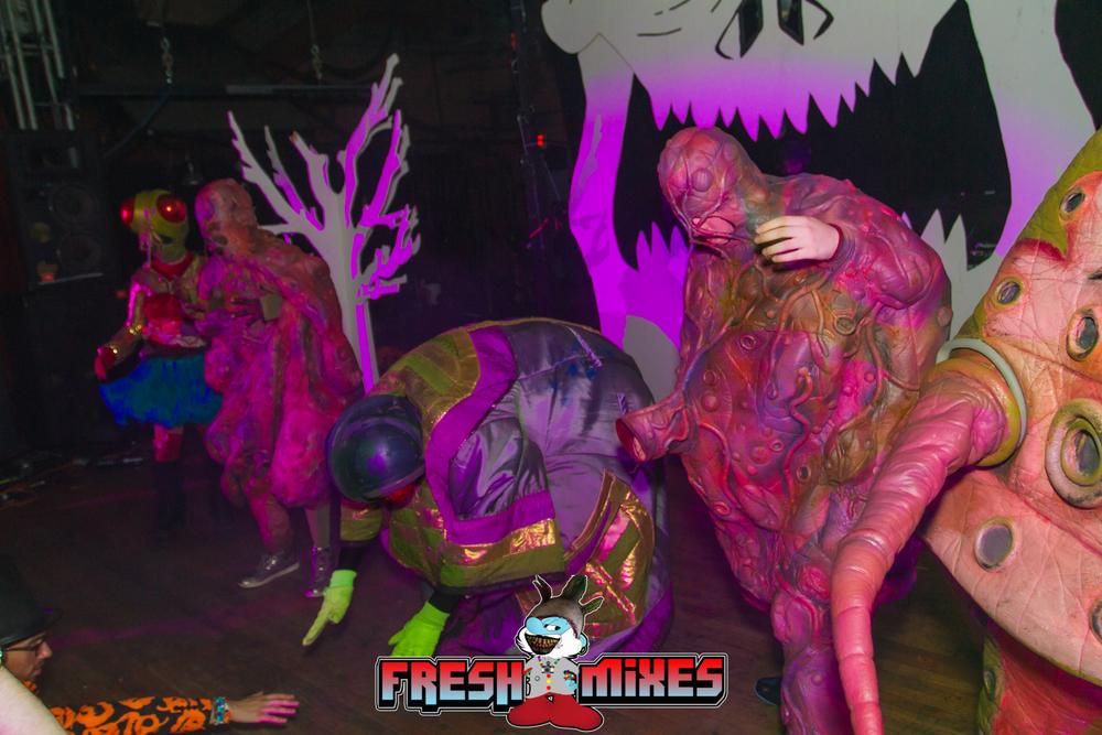 Creatures 501.jpg