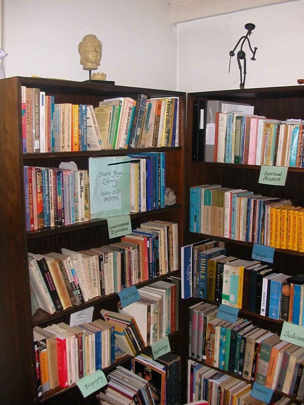 Library 002.jpg