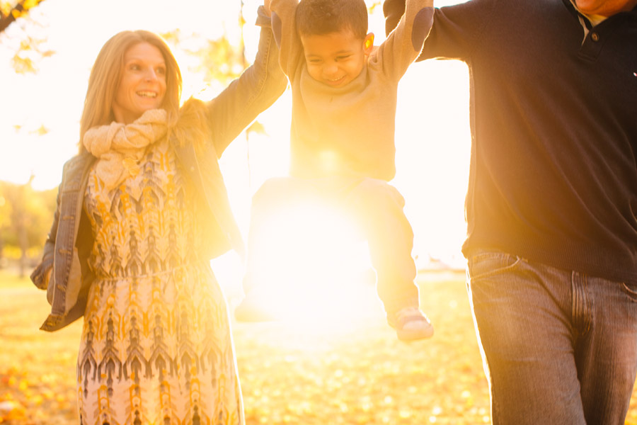 Katie & Ben's awesome family photos at the boston esplanade during a beautiful sunset (6)