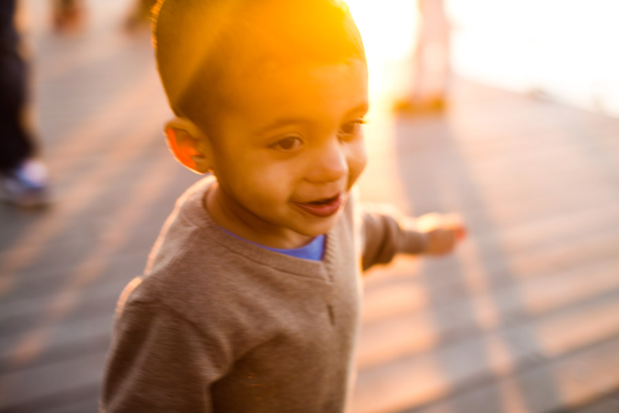 Katie & Ben's awesome family photos at the boston esplanade during a beautiful sunset (2)