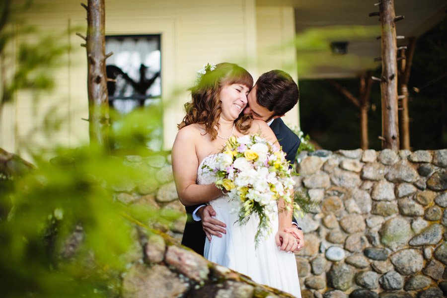 Ripley & Tim's lovely lake house wedding in new hampshire on newfound lake - wedding photography (40)