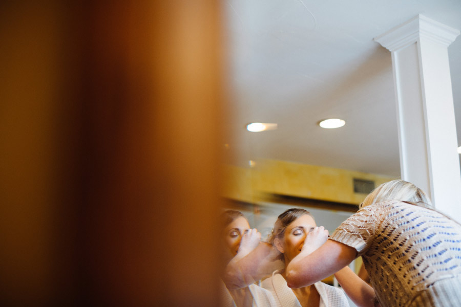 Tab & Jordan Wedding at the Red Lion Inn venue in Cohasset, MA - Wedding photographer (8)