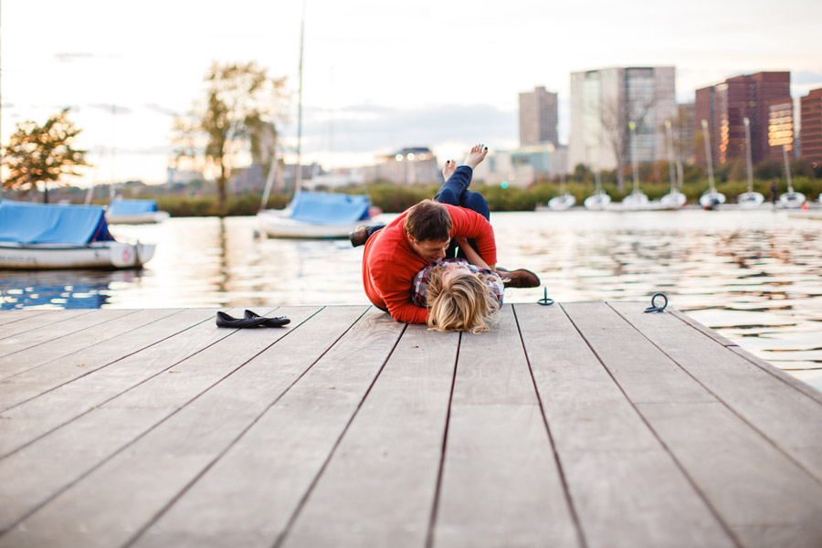 Boston top engagement photographers beacon hill couple having fun lifestyle portraits mikhail glabets (27)