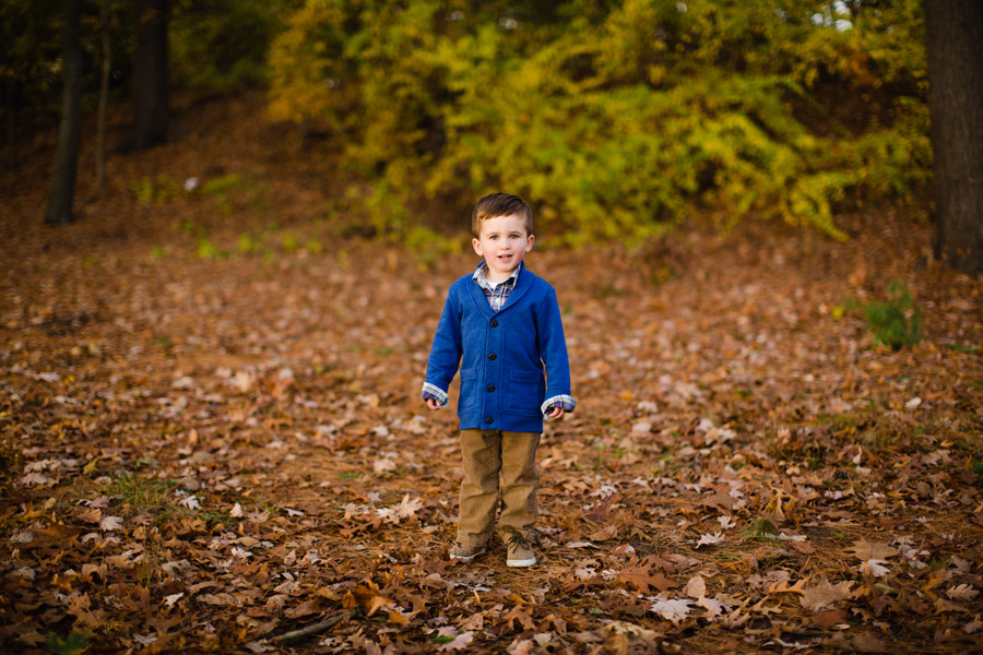 Winchester, ma family photographer fun fall lifestyle photography boston ma
