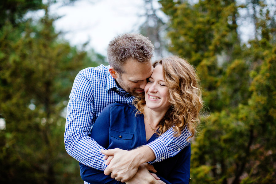 fun and cute family photo session in winchester, ma in the woods fells reservation