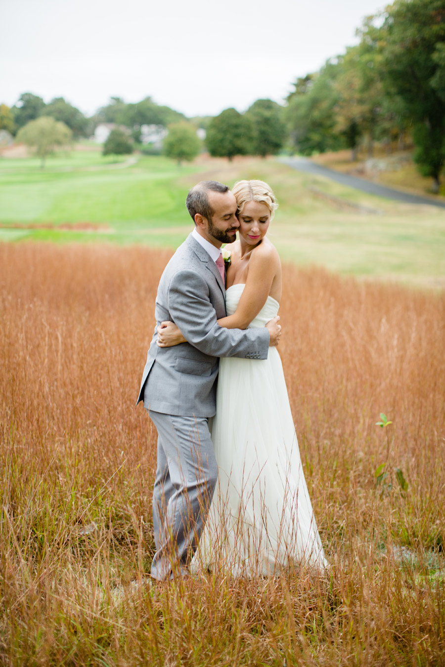 Beutiful wedding photography at the Cohasset Golf Club lovely couple and gorgeous new england wedding (19)