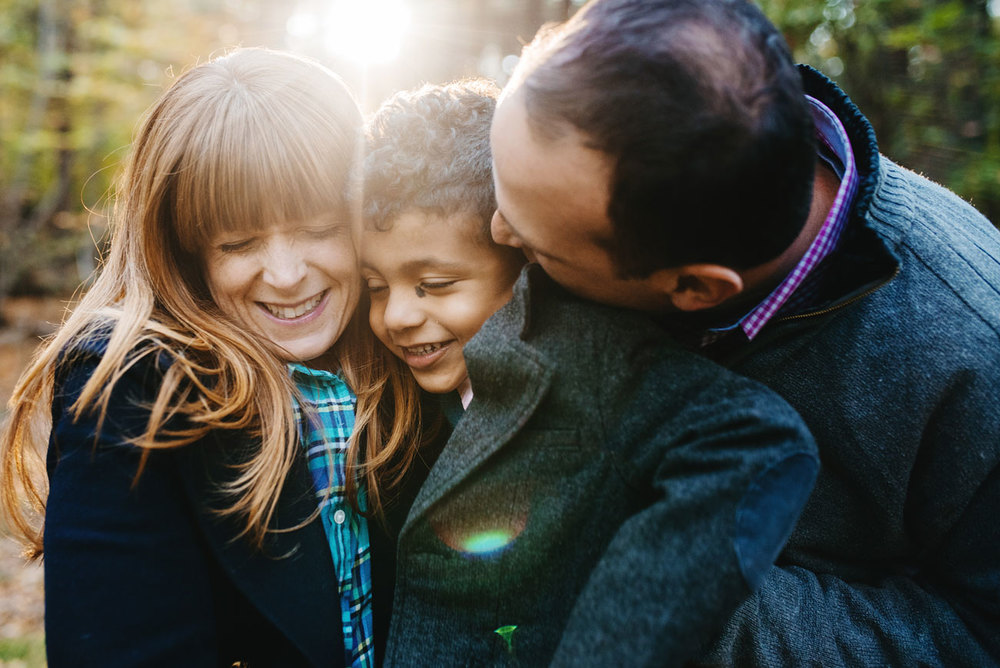 fun lifestyle family session in boston blue hills