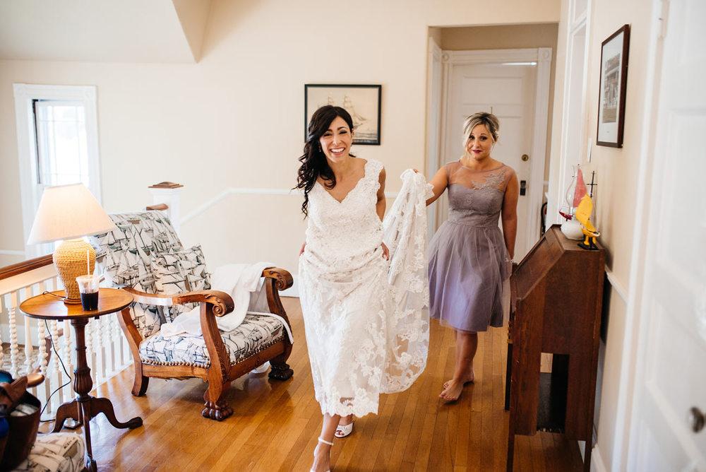 eastern point yacht club wedding photographers bride getting ready