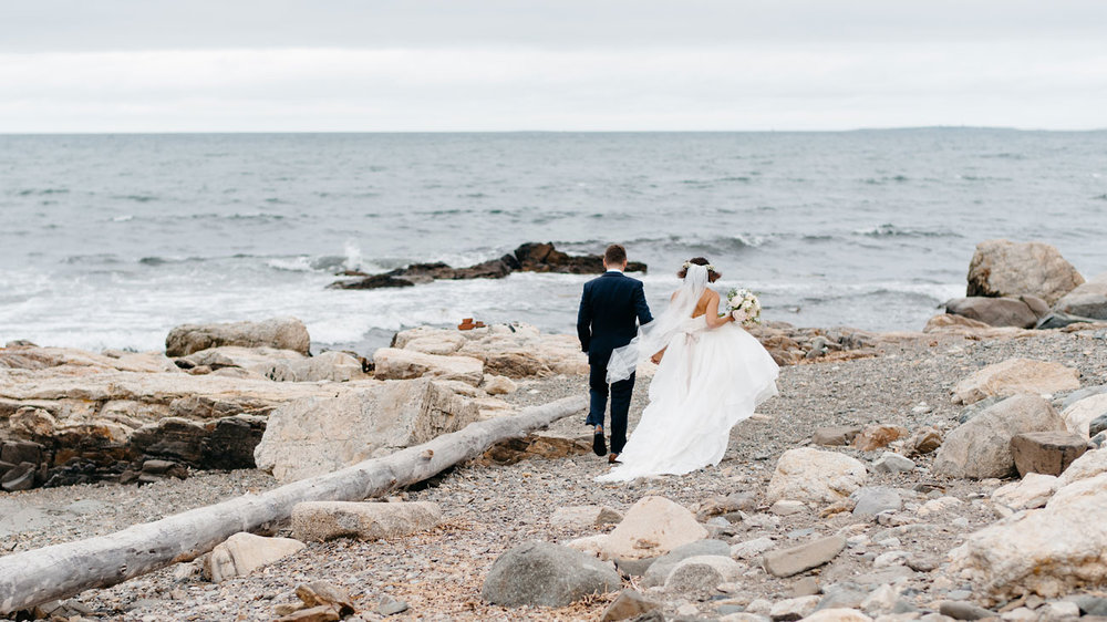 bride and groom on beach in rye nh inspiration