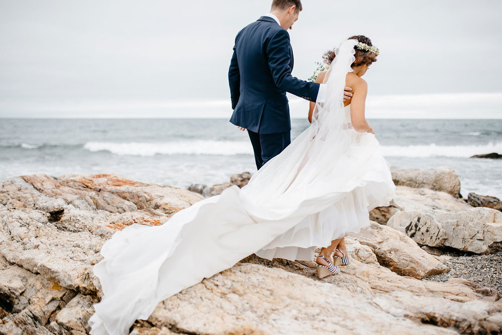 beautiful long wedding veil at the beach seacoast science center wedding