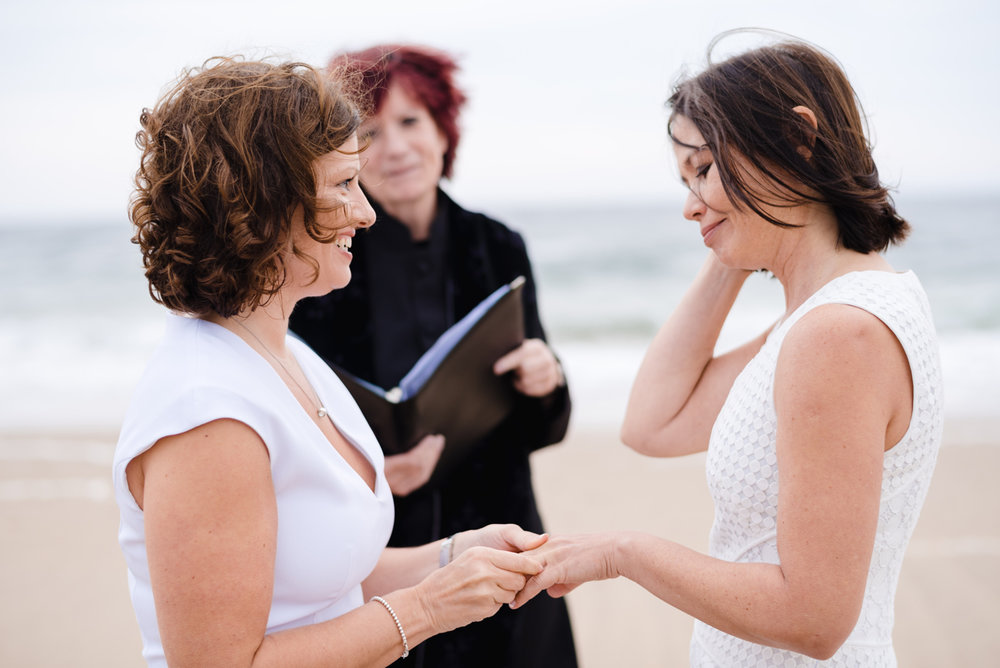 provincetown_beach_elopement_photos_22.JPG