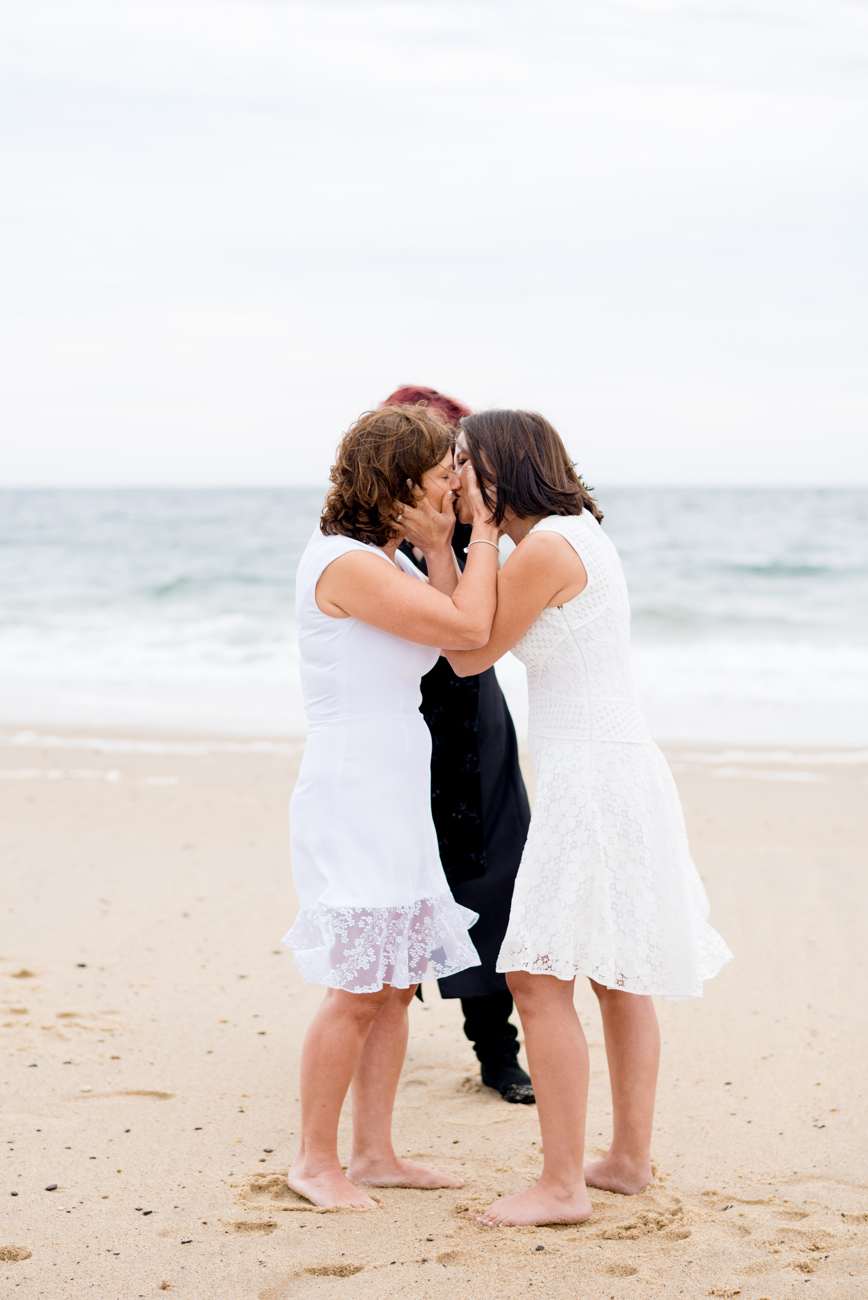 provincetown_beach_elopement_photos_24.JPG