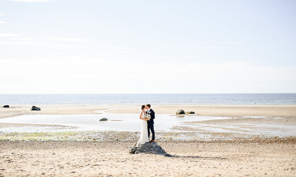 best wedding photo on the beach in cape cod