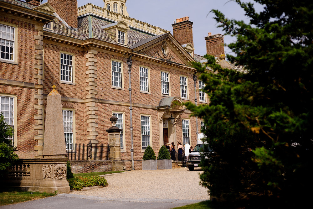 crane estate weddings front entrance of mansion