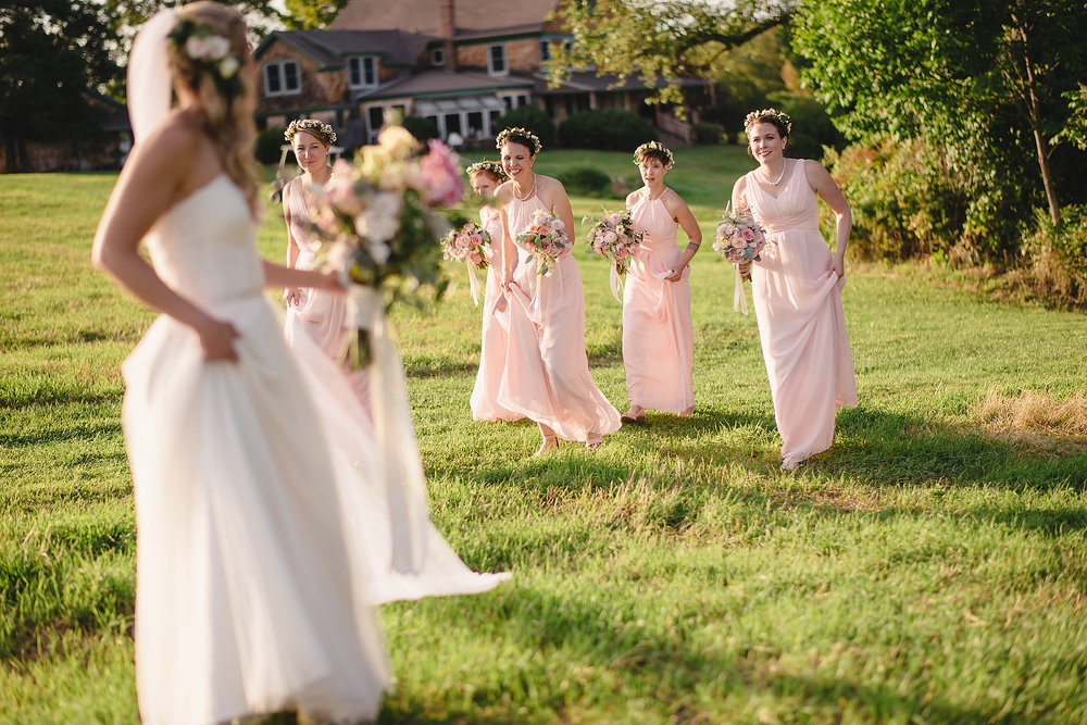 rustic new england bridal party photos