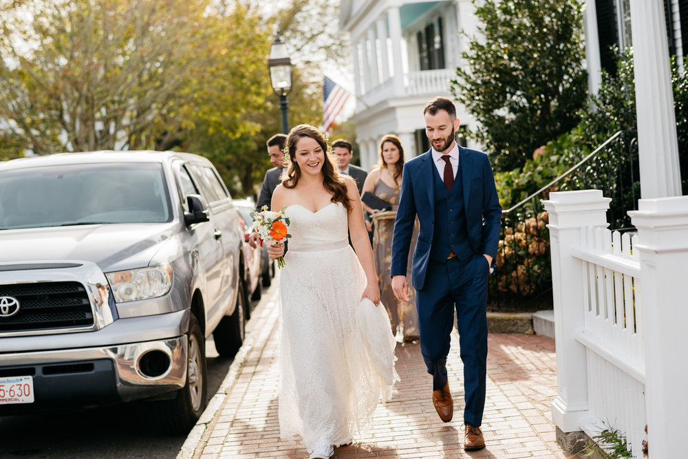downtown martha's vineyard wedding photos and venues