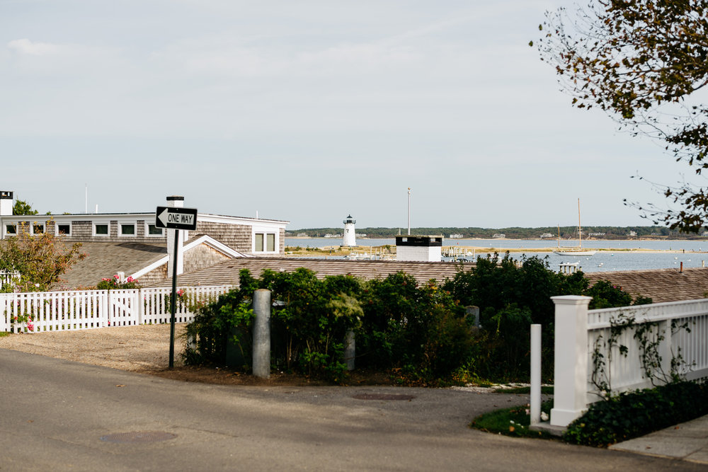 views of edgartown lighthouse for weddings and inspiration
