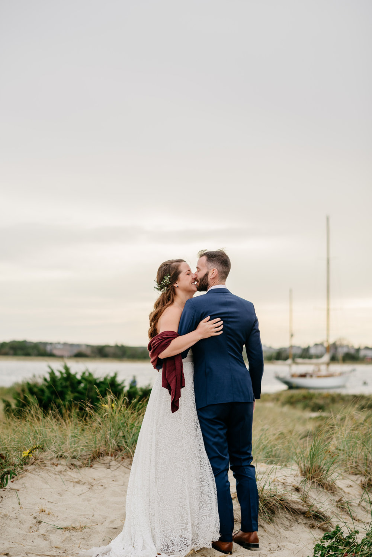 martha's vineyard wedding photos and ideas