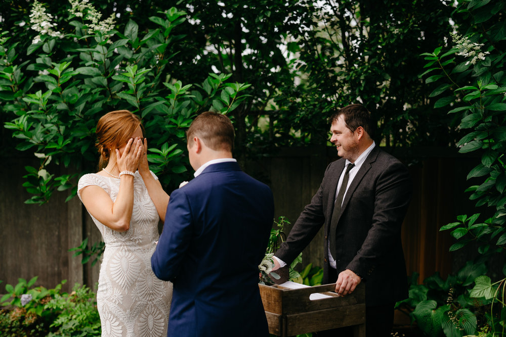 backyard_wedding_in_nantucket-mikhail-glabets_21.JPG
