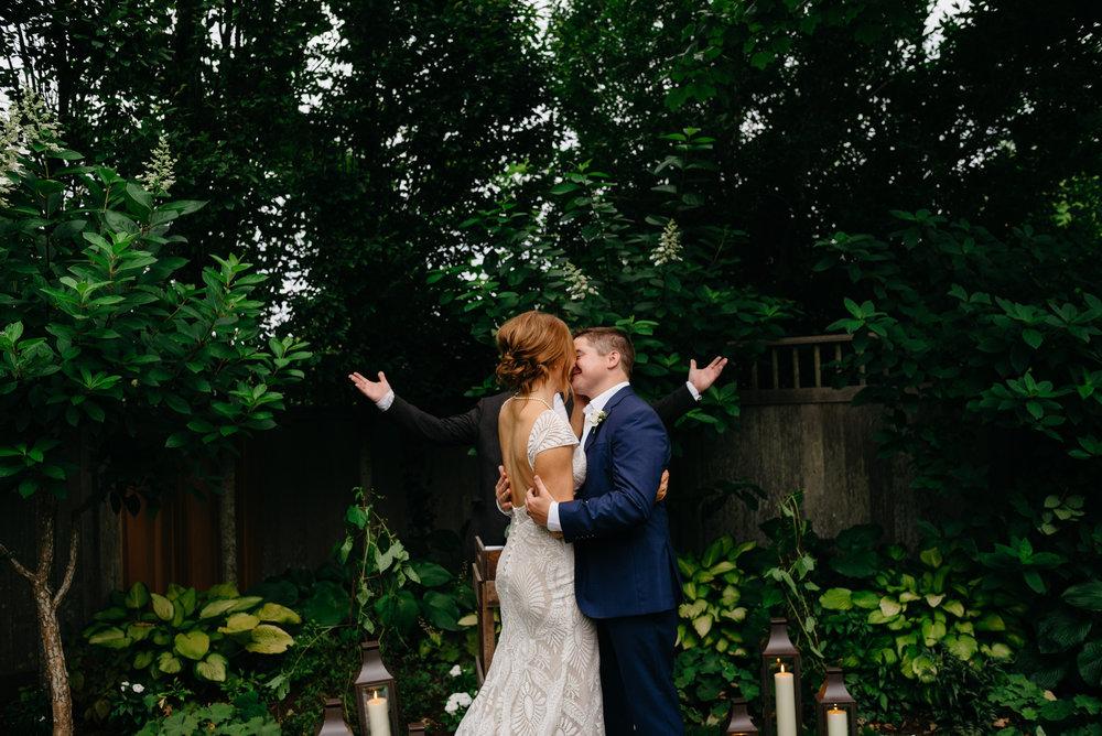 planning your nantucket backyard wedding