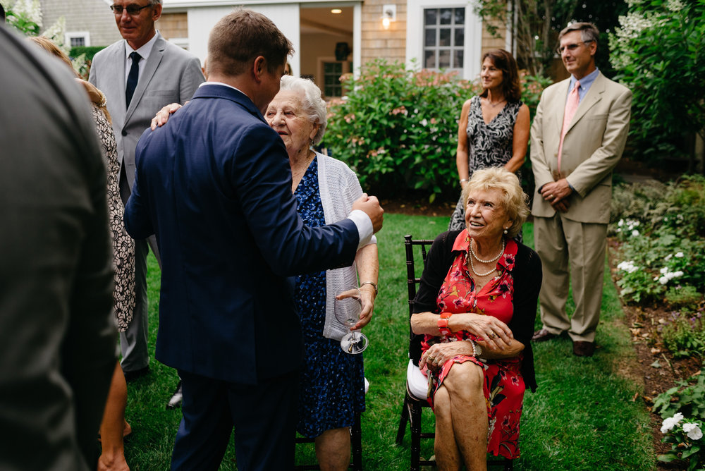 backyard_wedding_in_nantucket-mikhail-glabets_26.JPG