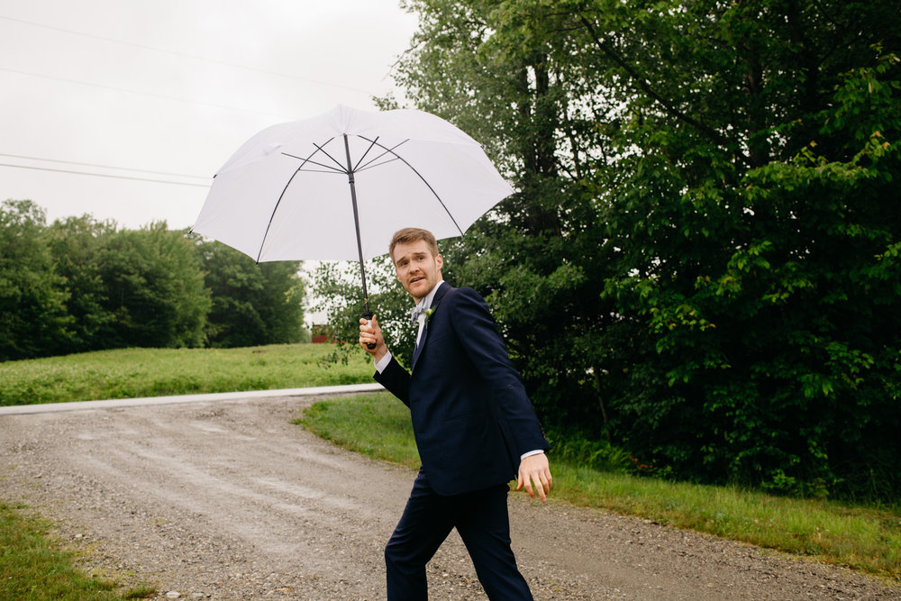 vermont_farm_wedding_photos_mikhail_glabetS_20.JPG