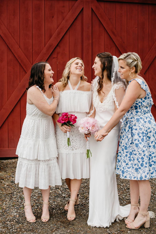 vermont_farm_wedding_photos_mikhail_glabetS_46.JPG