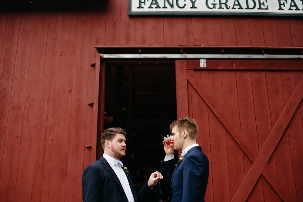vermont_farm_wedding_photos_mikhail_glabetS_55.JPG