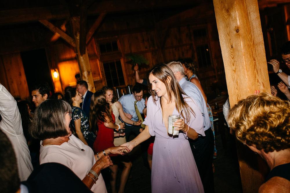 vermont_farm_wedding_photos_mikhail_glabetS_73.JPG