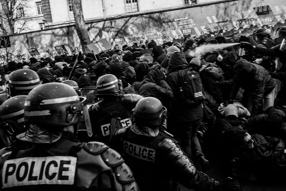 Riot police charging towards the protestors, 5th April 2016.